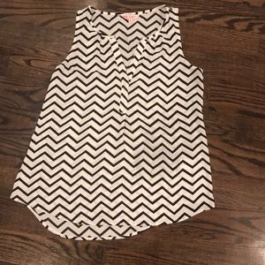 Black and white chevron tank top